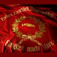 Sie ist der Stolz der SPD - Die Fahne vom Juni 1873